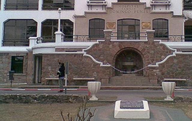 Los médicos del Hospital Domingo Funes constataron el deceso (Foto: Archivo)