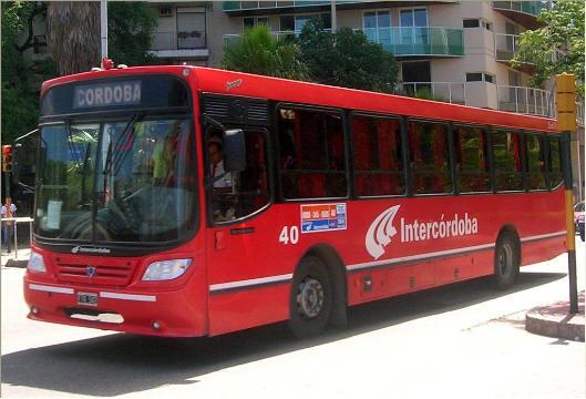 Se levantó el paro de transporte interurbano en Córdoba.