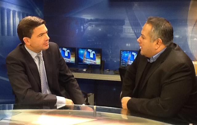 Pablo Rossi y Douglas Mejía, director periodístico de Telemundo Washington.