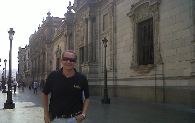 Cristian Moreschi en la ciudad de Lima, Perú.