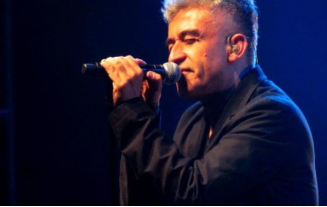 El chileno Jorge González es el artista central de esta noche.