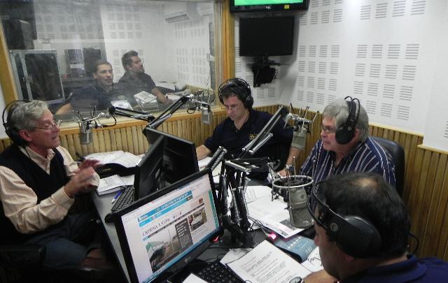 Los protagonistas de la cobertura del Rally en estudios.