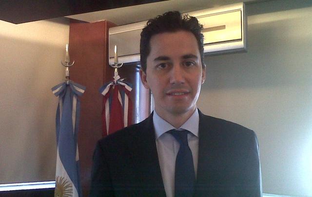 Calvo señaló que la economía argentina está estancada.