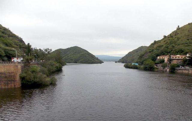 Las cinco personas se estaban en el Puente Negro desde el domingo.