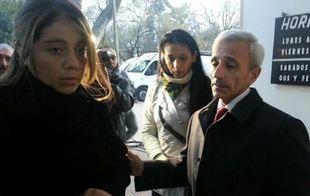Rosana Luna, junto a su abogado defensor Carlos Nayi (Foto: Archivo)