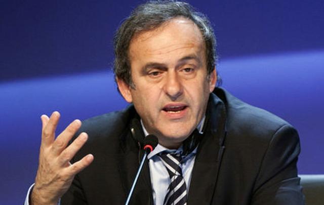 Platini, llamó a votar en contra del suizo.