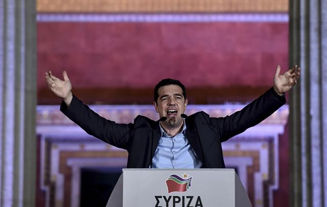 Tsipras convocó a un referendum para el domingo.