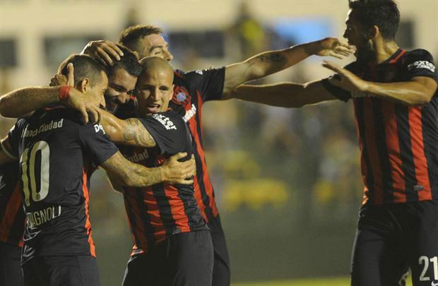 San Lorenzo venció 2 a 1 a Defensa y Justicia