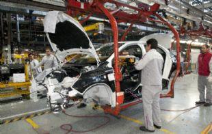 La producción automotriz registró una nueva caída.