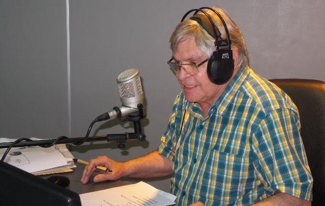 Rony Vargas festejó 30 años con ''Viva la Radio''.
