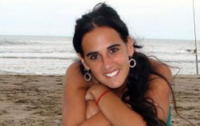 Hallaron perfil genético masculino en el cuerpo de Andrea Castana.