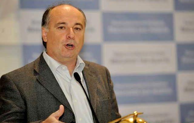 Accastello se diferenció del candidato ungido por De la Sota, Juan Schiaretti.
