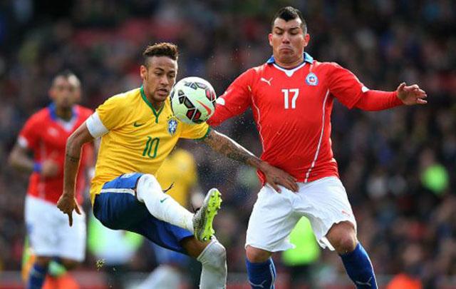 Brasil cerró su gira por Europa con dos victorias.