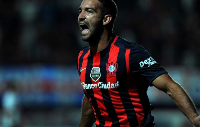 Martín Cauteruccio hizo el gol del triunfo, a los 25 minutos del complemento.