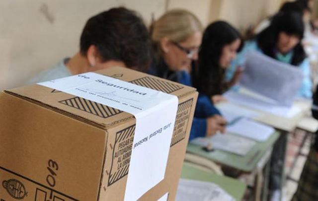 Los mendocinos van a las urnas en la capital provincial (Foto: Archivo)