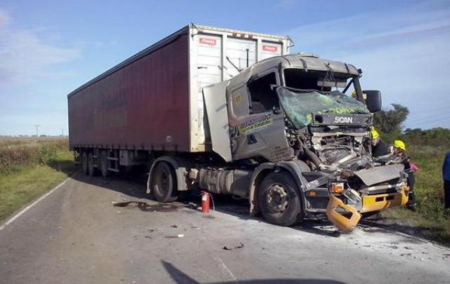 El accidente fue por alcance (Foto: Twitter @noticraik)