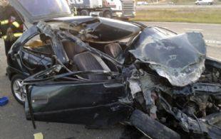 El padre y uno de los mellizos sobrevivieron al choque en Santa Fe.