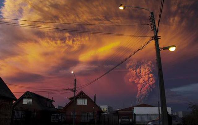 El volcán Calbuco entró en erupción.