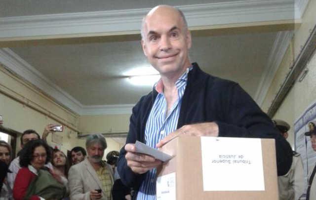 Rodríguez Larreta compite en las PASO con Michetti.