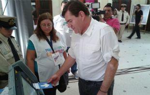 Los porteños votan con boleta electrónica (Foto: Archivo)