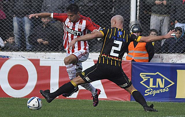 Ni Olimpo ni Estudiantes lograron una situación de gol en el encuentro.