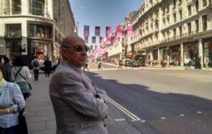 Mario Pereyra durante su recorrida por Londres.