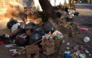 La basura se acumula en distintos sectores de la ciudad (Foto de archivo)
