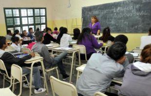 La actitud de la profesora se relaciona con el ''tener'', más importante que ''ser''.