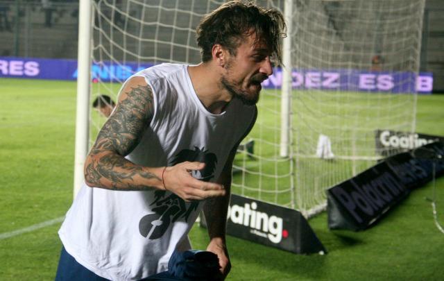 Con un gran gol, Daniel Osvaldo abrió el camino del triunfo para el ''Xeneize''.