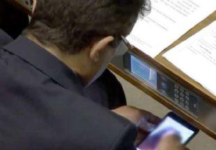 Rodrigues asegura que el video lo recibió por Whatsapp y que lo iba a borrar.