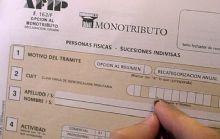 El Gobierno aplicó un fuerte aumento en el monotributo.