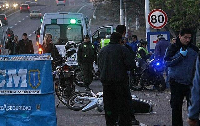 La motociclista murió al chocar con un camión (Foto: Gentileza La Jornada On line)