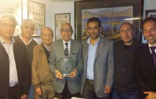 Mario Pereyra recibió a los integrantes de la Comunidad Armenia.