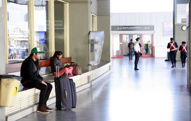 La Terminal, desolada por la protesta en los interurbanos.