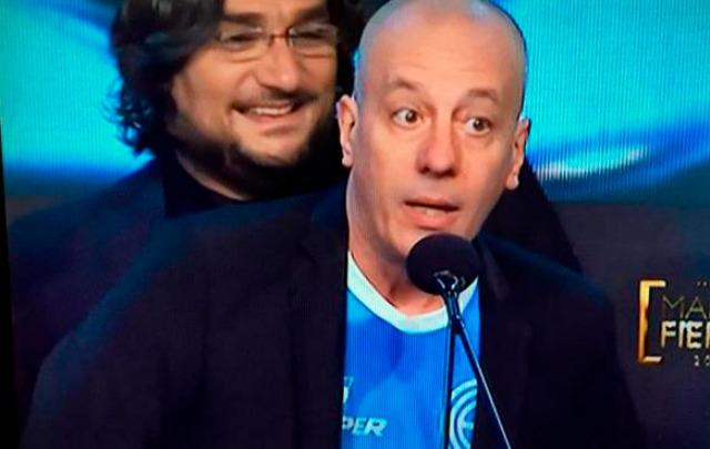 Yayo llevó su amor por Belgrano al escenario del Martín Fierro.