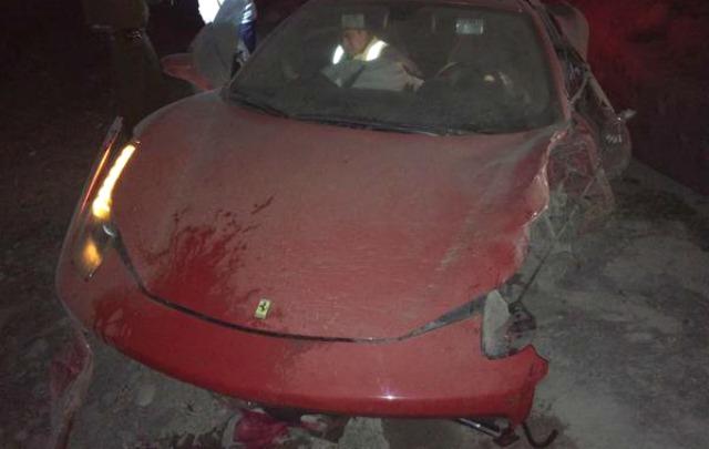 Así quedó la Ferrari de Vidal luego del choque.