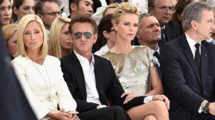 Sean Penn habría engañado a Charlize Theroncon su doble.