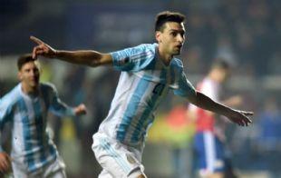 Pastore fue clave para la goleada ante Paraguay.