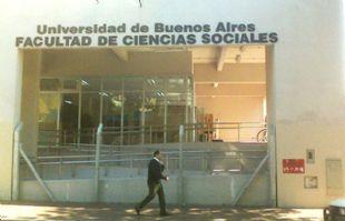 Vecinos de barrio Constitución, indignados por la performance en la UBA.