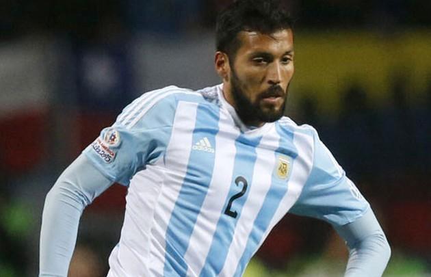 Garay no jugó con Paraguay por una molestia estomacal.