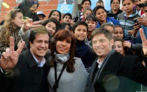 Mariano Recalde junto a Cristina Kirchner y Axel Kicillof.