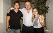 Mario Rey, junto a sus hijos Rodrigo y Guillermina, quien sufrió el episodio.