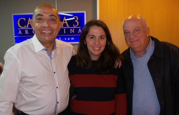 Narda Lepes visitó los estudios de Cadena 3</b>.