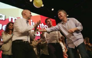 Larreta festeja junto a Macri,