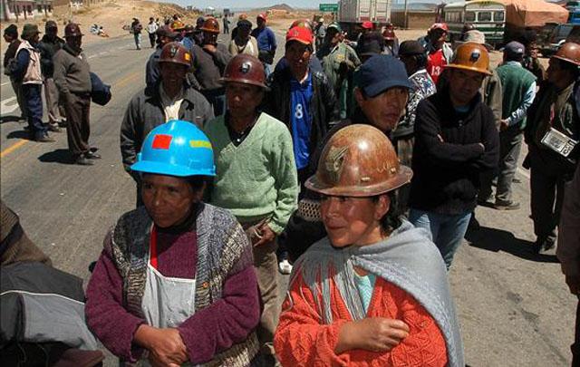 Bolivianos ofrecen ayuda a argentinos varados en Potosí (Foto de archivo)