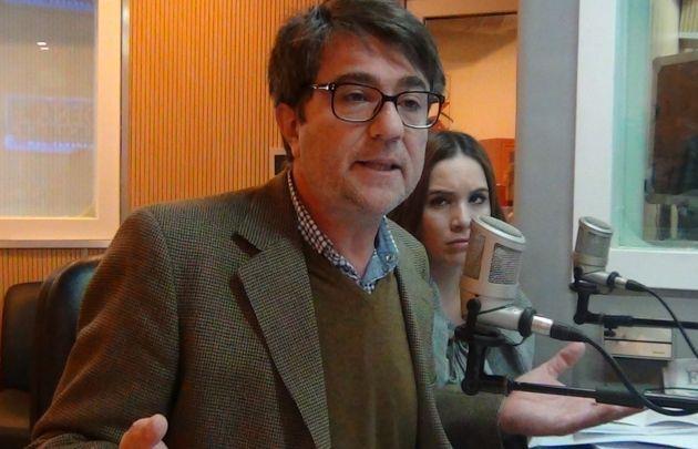 Adrián Simioni en Juntos.