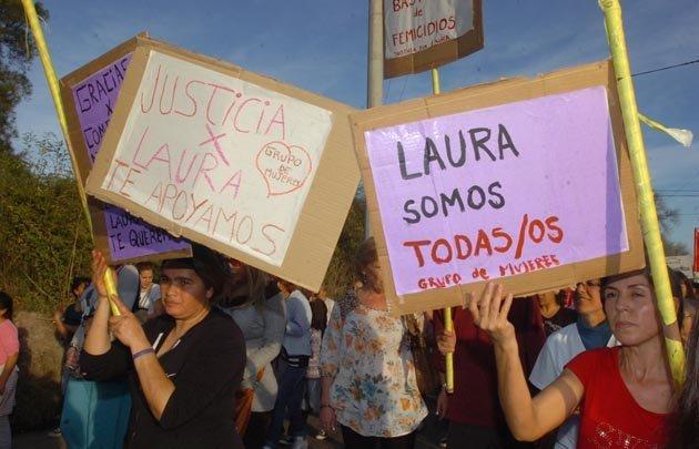 Los manifestantes reclamaron justicia para Laura Moyano.
