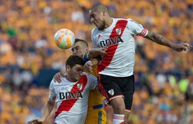 Jonathan Maidana fue figura frente a Tigres en Monterrey.