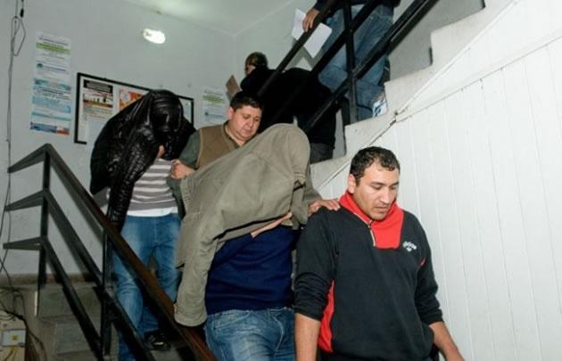 Policías detenidos por la ''tortura'' a Ricardo Paucará.