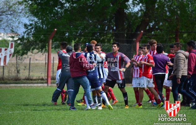 Incidentes en un partido de las inferiores de Instituto y Talleres.